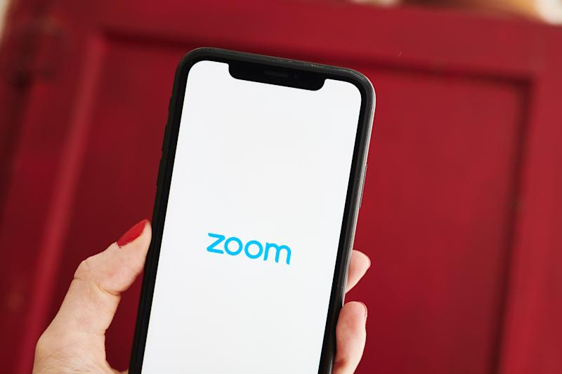 Zoom's Pledge to Work with Law Enforcement Spurs Online Blowback