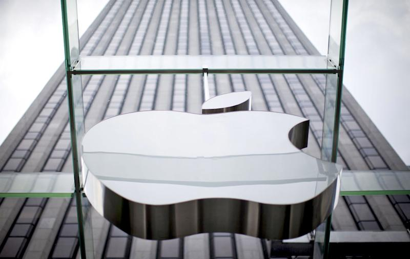 Apple limits how apps can handle and share users' contact lists