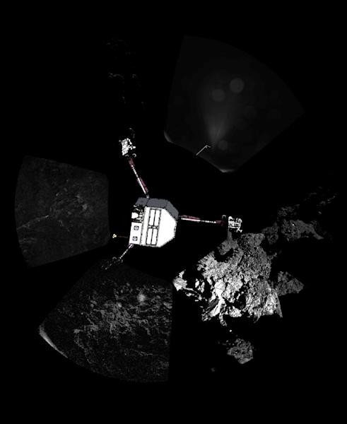 Images from the Rosetta comet probe shows the Philae lander descending to the surface of comet 67P/Churyumov-Gerasimenko in November 2014 (AFP Photo/)