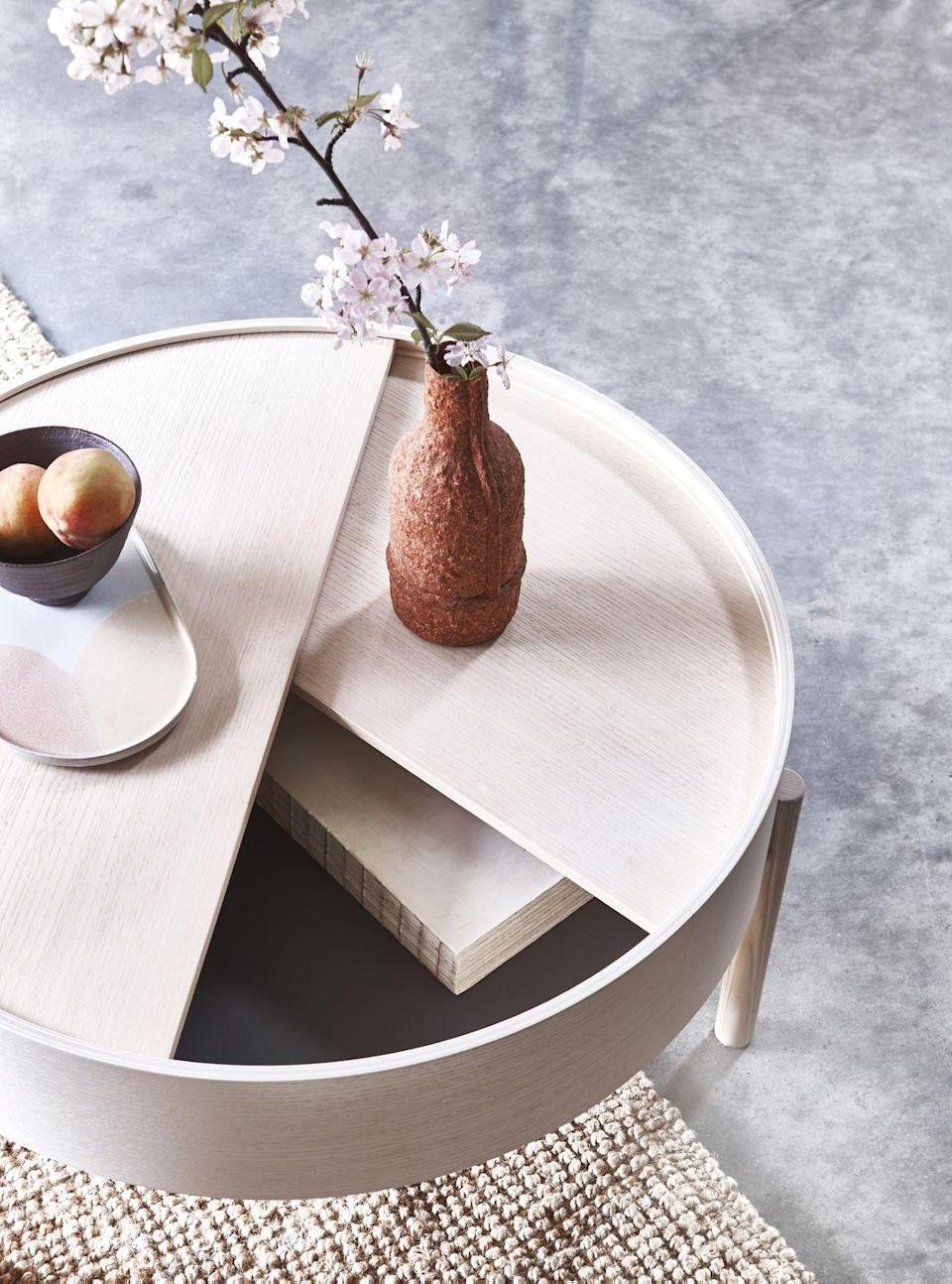 """<p>Surrounding yourself with natural materials is sure to increase a sense of <a href=""""https://www.housebeautiful.com/uk/health-wellbeing/"""" rel=""""nofollow noopener"""" target=""""_blank"""" data-ylk=""""slk:wellbeing"""" class=""""link rapid-noclick-resp"""">wellbeing</a> in the home. Jute rugs, pale washed woods and even vessels made from paper are all tactile and visually appealing.</p>"""
