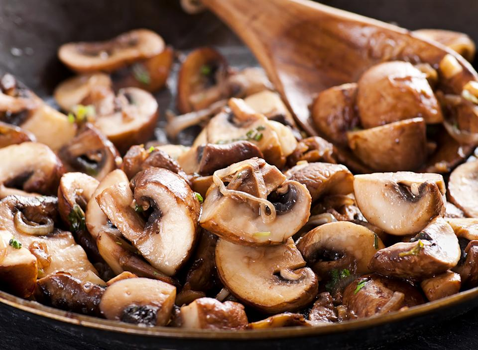 pan roasted mushrooms onions