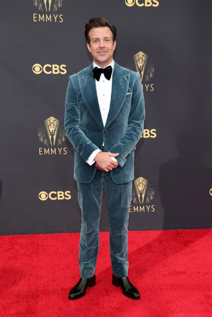 """<p>The """"Ted Lasso"""" star traded in his coaches uniform in favour of a velvet suit by Tom Ford. <em>(Image via Getty Images)</em></p>"""