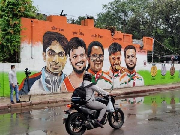 Wall Mural in Delhi to commemorate Tokyo Paralympic Winners (Photo/ANI)