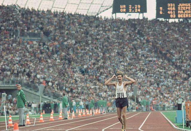 <p>By all accounts, Frank Shorter is the father of the modern running boom. He spins a captivating narrative about winning the '72 Olympic Marathon, leading the fight against illegal doping, and being the last person to see his friend Steve Prefontaine alive. The story he hasn't told is the dark truth about his own father, a truth Shorter has run away from all his life but that ultimately has defined him as a runner, and as a man.</p>