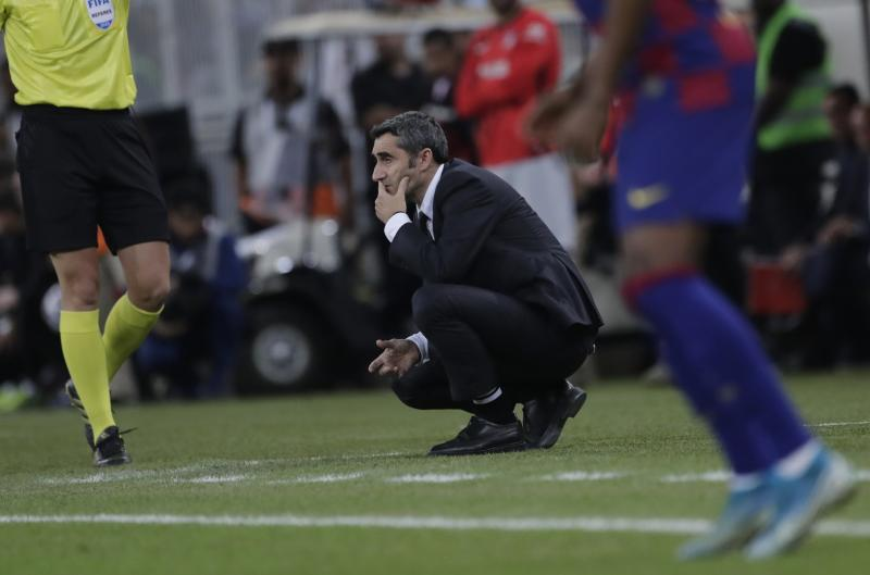 Barcelona axes manager Valverde in midseason with Liga lead