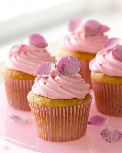 """<p>These sweet rose petal cupcakes only take 10 minutes to prep, so after they bake you can spend the rest of your time decorating them to your heart's content with your little ones. </p><p><a href=""""https://www.womansday.com/food-recipes/food-drinks/recipes/a10661/rose-petal-cupcakes-122024/"""" target=""""_blank""""></a><a href=""""https://www.womansday.com/food-recipes/food-drinks/recipes/a10661/rose-petal-cupcakes-122024/"""" target=""""_blank""""></a><em><a href=""""https://www.womansday.com/food-recipes/food-drinks/recipes/a10661/rose-petal-cupcakes-122024/"""" target=""""_blank"""">Get the Rose Petal Cupcakes recipe. </a></em></p>"""