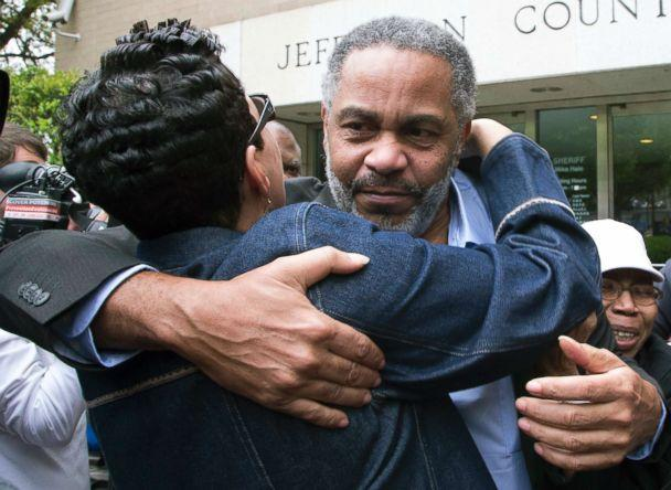PHOTO: Anthony Ray Hinton leaves the Jefferson County jail in Birmingham, Ala. on April 3, 2015 after nearly 30 years on death row. (Hal Yeager/AP)