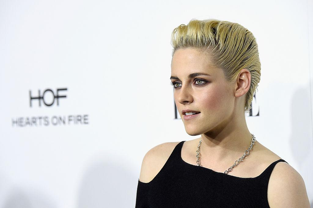<p>Use some beach spray and gel to get a Kirsten Stewart-esque slicked-back do [Photo: Getty] </p>