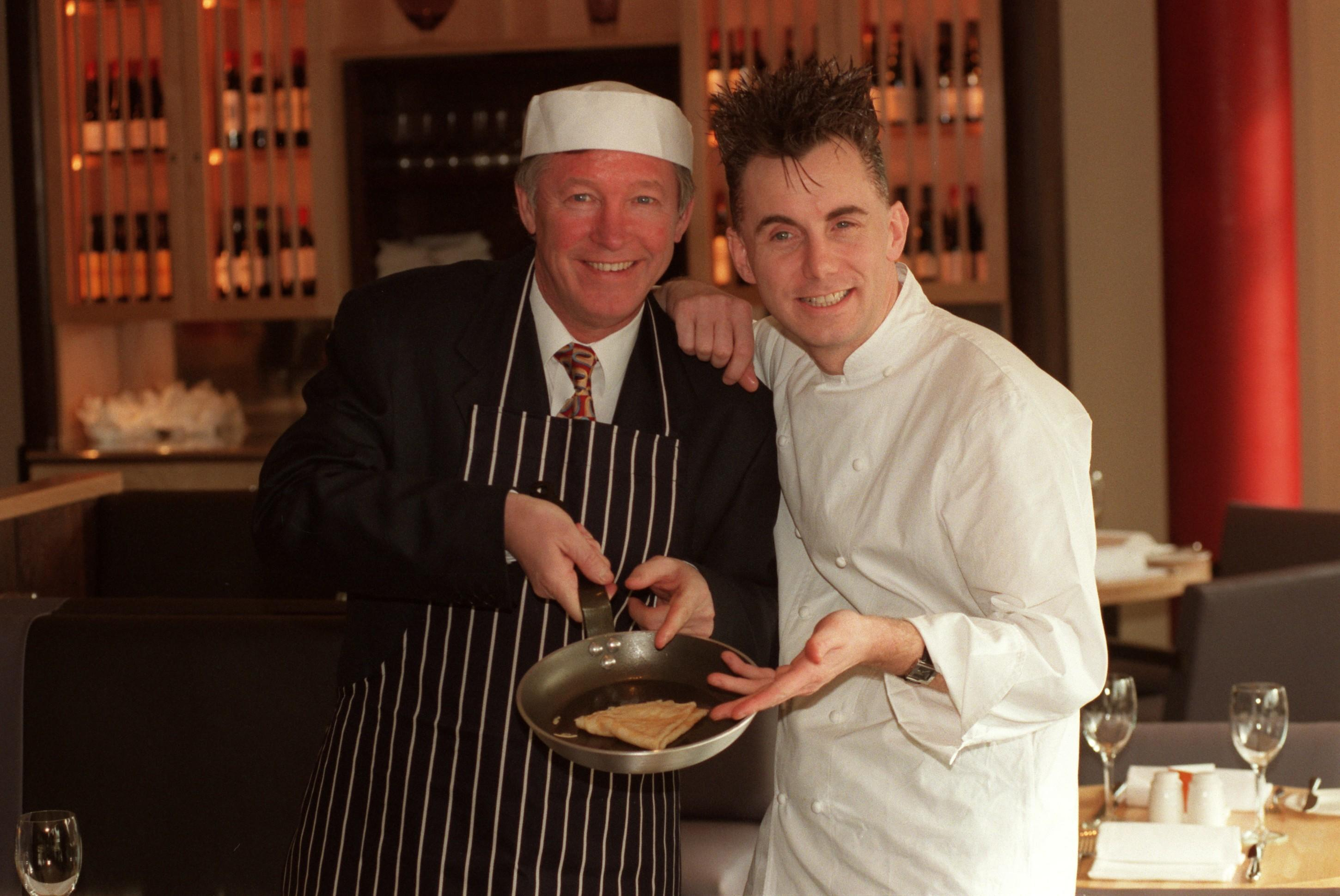 Manchester United manager Alex Ferguson (left) and chef Gary Rhodes (right) at the opening of the Manchester United restaurant