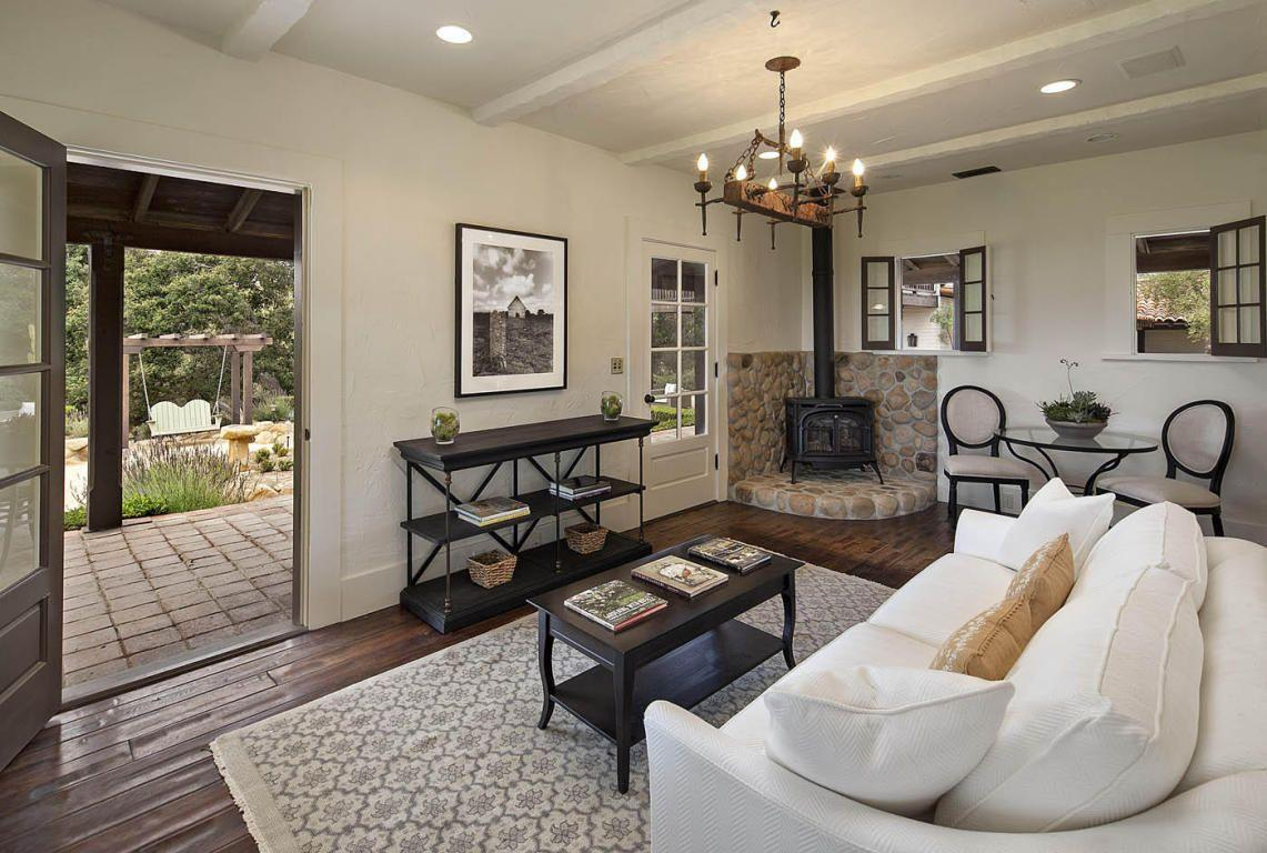 Think Oprah will come over for tea? (Photos: Images courtesy of Trulia)