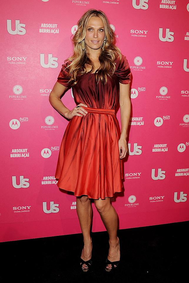 "Molly Sims, who was named <i>Us</i>' ""Model Turned Mogul,"" stepped out in a red Zac Posen frock. Jason Merritt/<a href=""http://www.gettyimages.com/"" target=""new"">GettyImages.com</a> - April 22, 2010"