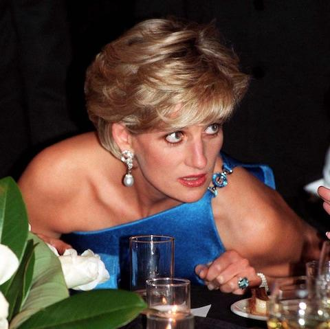 Princess Diana wearing the emerald cut aquamarine ring at the Victor Chang charity dinner in Sydney in 1996 - Credit: PA