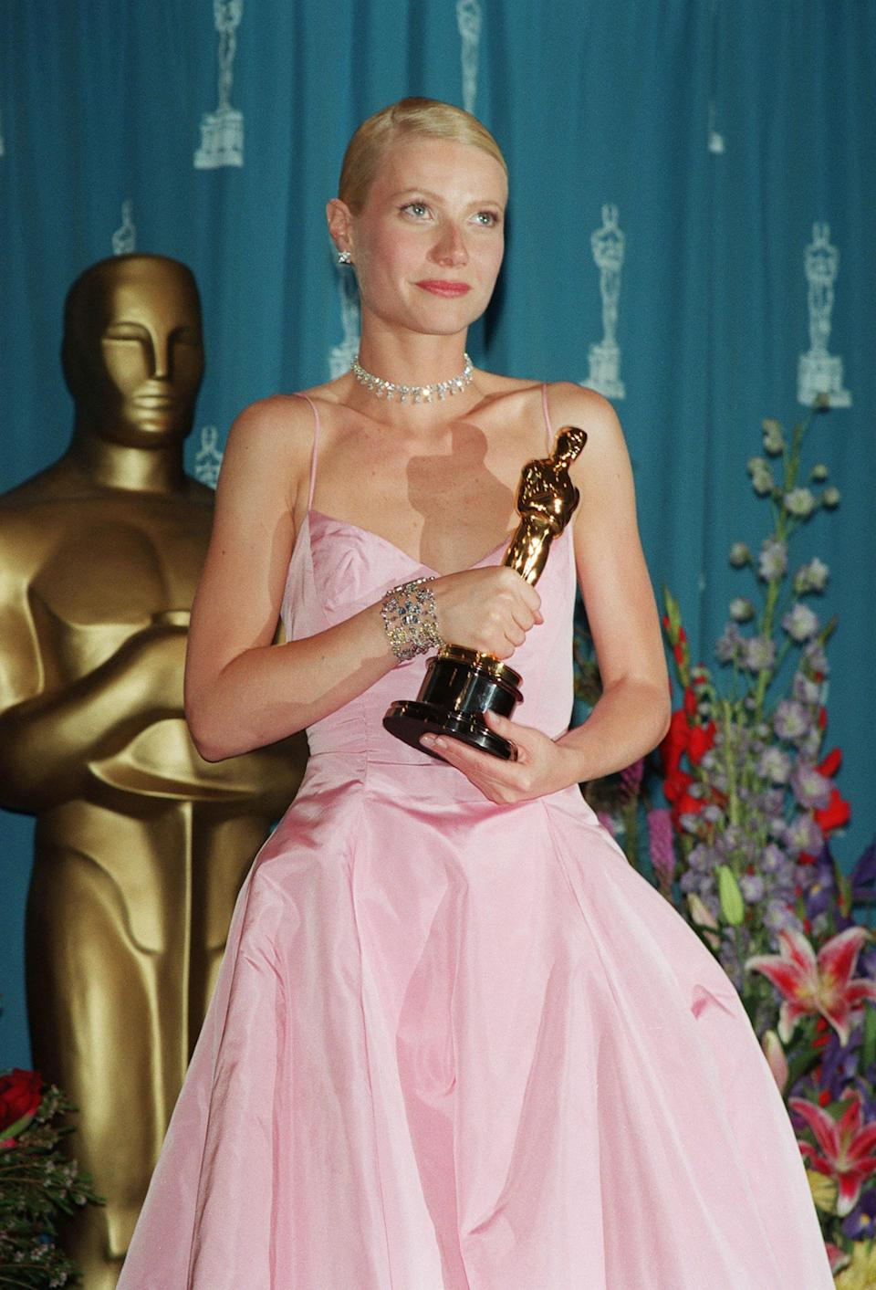 Most Oscar night jewelry is returned to the respective house after it's loaned out. But the piece Gwyneth Paltrow wore to pick up her Academy Award for <em>Shakespeare in Love</em> proved so meaningful that the actress's father, Bruce, bought it for her as a keepsake.