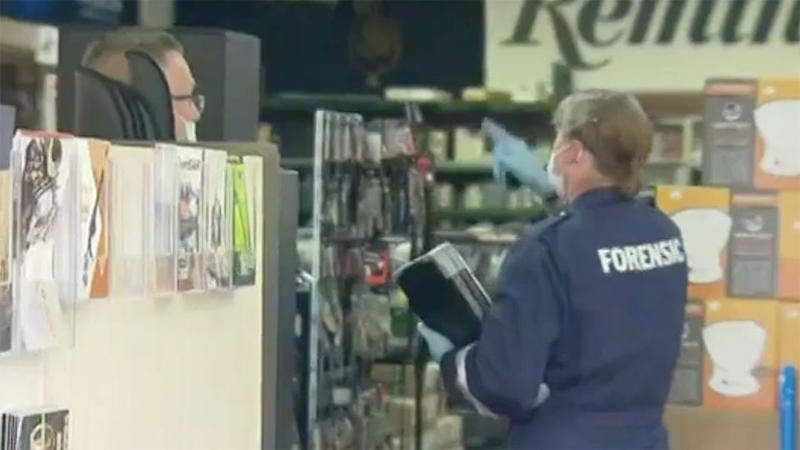 A gun shop has been robbed by masked men armed with firearms and sledgehammer in Melbourne.