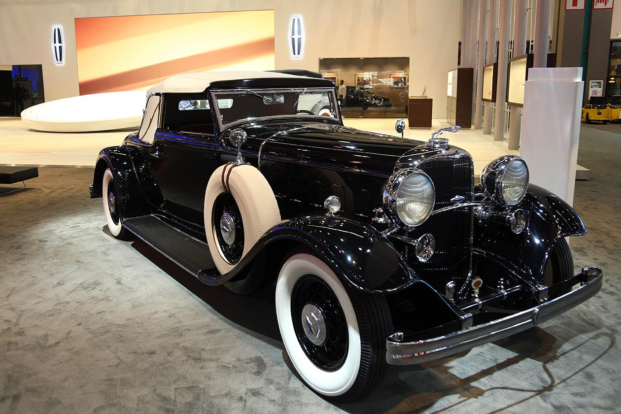 <b>1932 Lincoln KB LeBaron Convertible Roadster</b><br><br>The celebrated KB model debuted in 1932, introducing V12 power and heightened style from Lincoln. In addition to offering nine standard and 14 factory custom models, Edsel Ford invited numerous custom coachbuilders to work their magic with the new KB. Brunn, Dietrich, LeBaron, Judkins and Willoughby were prominent among them. This LeBaron Convertible Roadster was priced at $4,600, making it the entry-level semi-custom model in Lincoln's book. The 448-cubic-inch engine produces 150 horsepower at 3,400 rpm and weighs 1,070 pounds. <br><br>Owner: Thomas Hartman, Rancho Palos Verdes