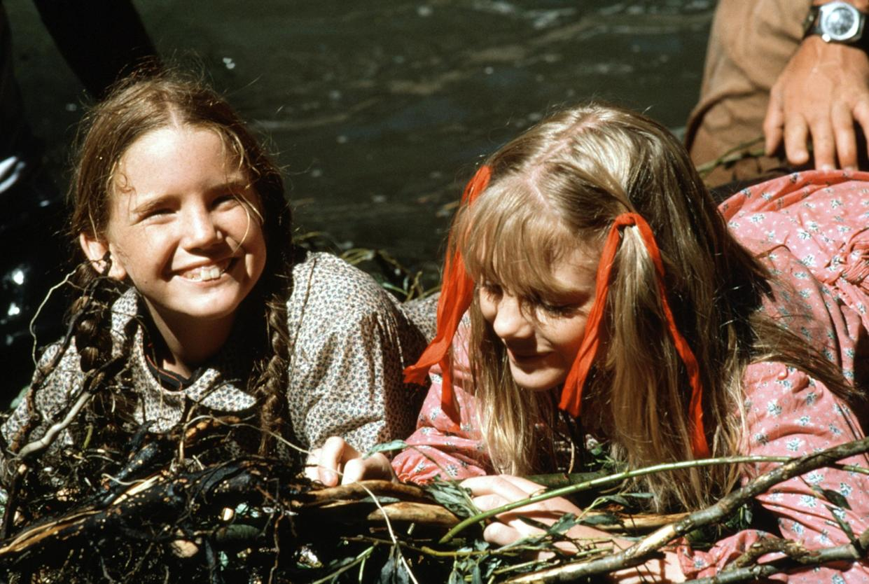 Melissa Gilbert and Alison Arngrim in the first season of 'Little House on the Prairie' (Photo: Courtesy Everett Collection)