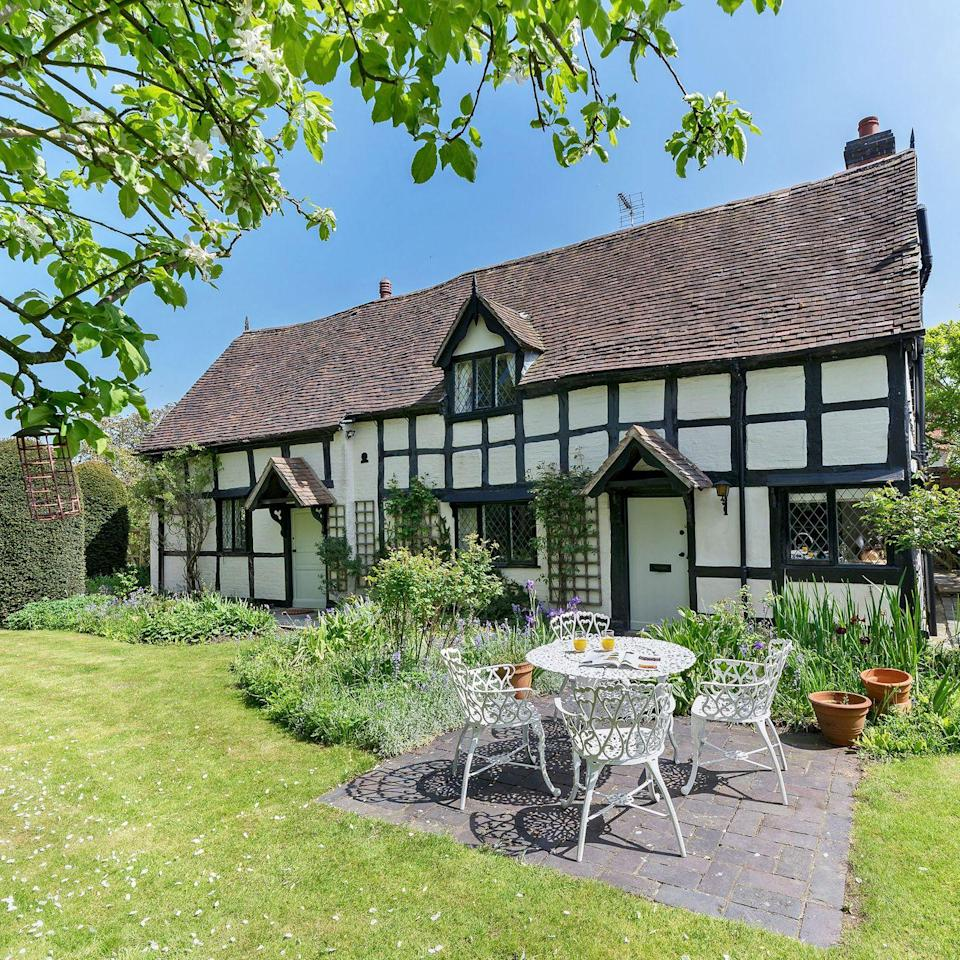 "<p>Welcome to the village of Eckington in #Worcestershire and the beautiful, Grade II listed Manor Cottage. Dating back to the 1600s, the two-bedroom cottage boasts a large garden and a grand open fireplace. With the village sitting on the #RiverAvon in the Vale of Evesham, it's surrounded by glorious countryside, with the Cotswolds and the Georgian town of Pershore just short drives away. The cottage is available to hire from Cottages.com.</p><p><a class=""link rapid-noclick-resp"" href=""https://www.cottages.com/cottages/manor-cottage-ukc3319"" rel=""nofollow noopener"" target=""_blank"" data-ylk=""slk:BOOK NOW"">BOOK NOW</a> </p>"