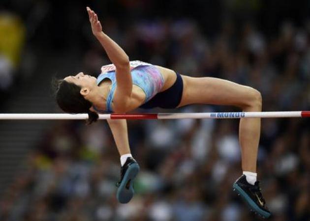 Athletics: First gold for Russian neutrals as Lasitskene retains high jump title