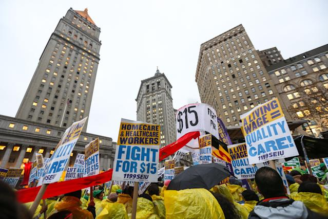 Low wage workers and supporters protest for a $15 an hour minimum wage on November 10, 2015 at Foley Square in New York. (Photo: Cem Ozdel/Anadolu Agency via Getty Images)
