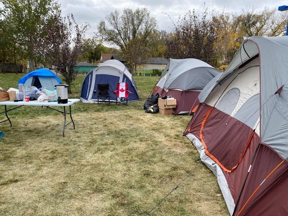 A task force made up of police, firefighters and Regina city workers are regularly checking on Camp Marjorie, located at Pepsi Park, to ensure the campers and surrounding neighbourhoods stay safe. (Raphaële Frigon/Radio-Canada - image credit)
