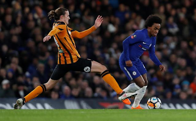 Soccer Football - FA Cup Fifth Round - Chelsea vs Hull City - Stamford Bridge, London, Britain - February 16, 2018 Chelsea's Willian in action with Hull City's Jackson Irvine Action Images via Reuters/Paul Childs