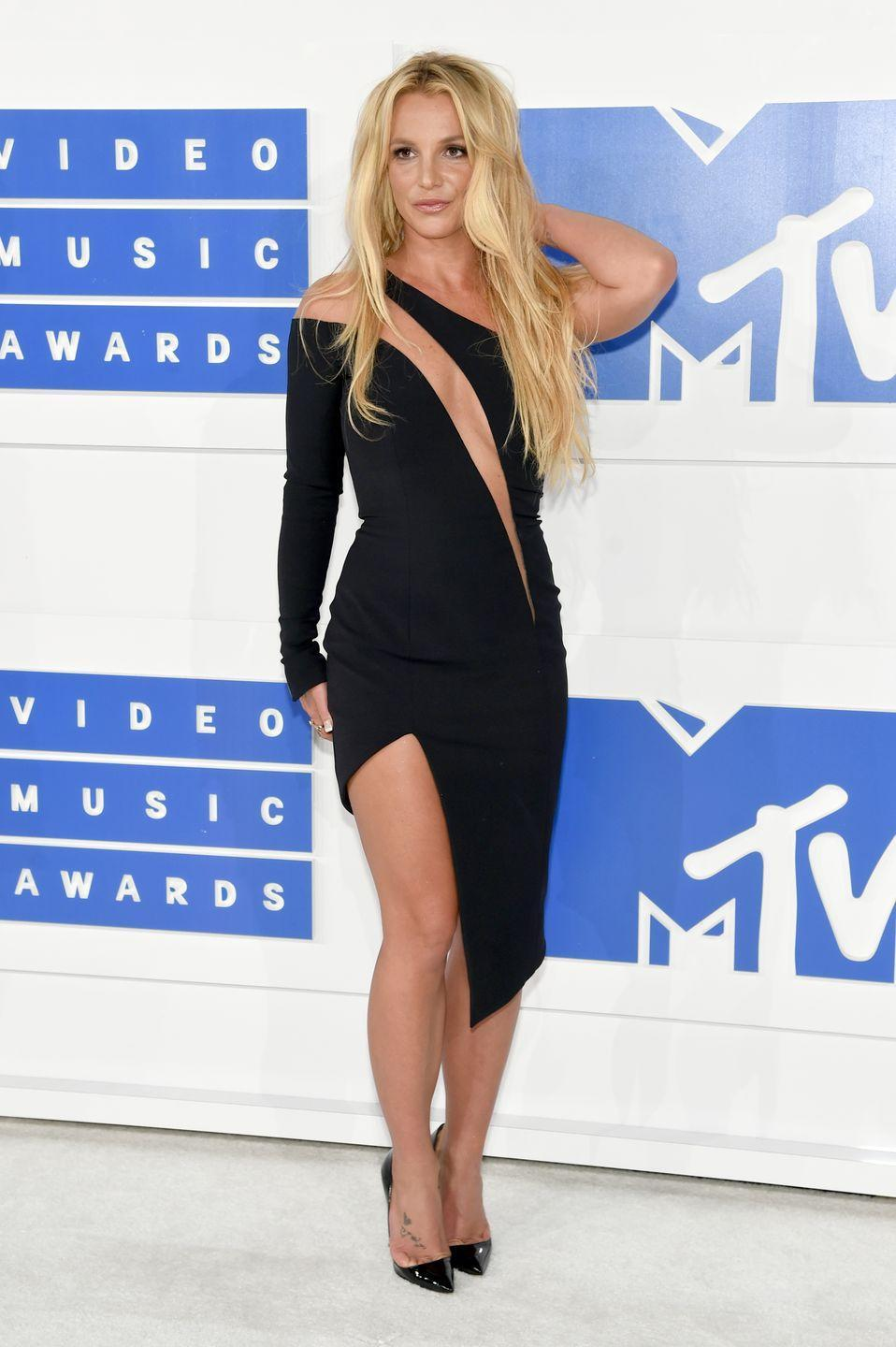 <p>The superstar rocks a little black dress for the 2016 MTV Video Music Awards in New York on August 28, 2016.</p>
