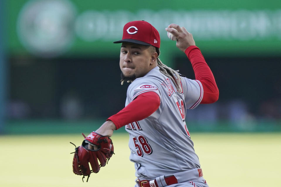 Cincinnati Reds starting pitcher Luis Castillo delivers in the first inning of the team's baseball game against the Cleveland Indians, Saturday, May 8, 2021, in Cleveland. (AP Photo/Tony Dejak)
