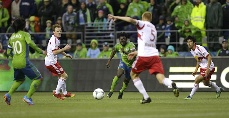 Cahill scores late and Red Bulls tie Sounders 1-1
