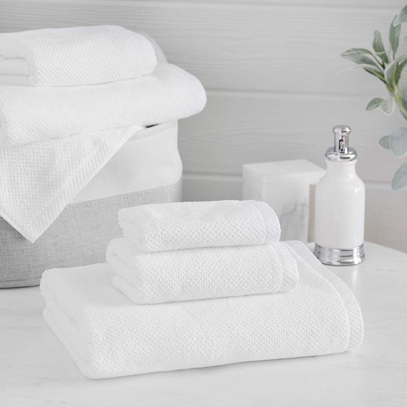 Welhome Franklin 100% Cotton Textured Towel. (Photo: Amazon)