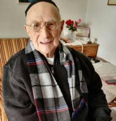 World's oldest man dead in Israel at 113: media