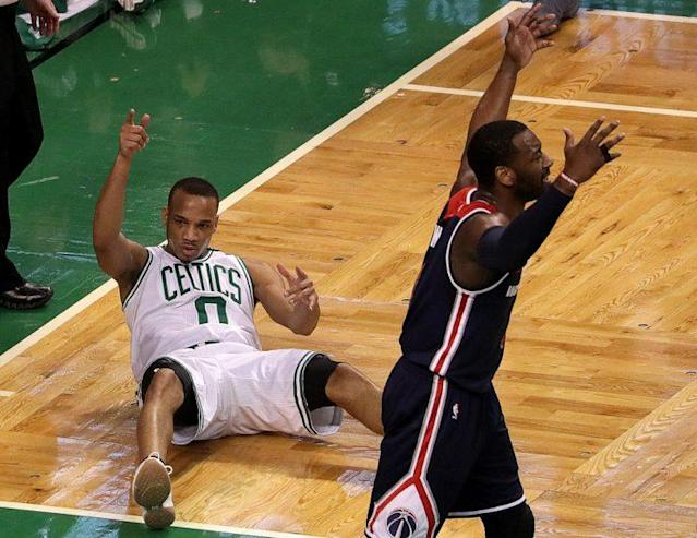 "<a class=""link rapid-noclick-resp"" href=""/nba/players/4750/"" data-ylk=""slk:Avery Bradley"">Avery Bradley</a>'s guns were blazing in Game 5. (Getty Images)"