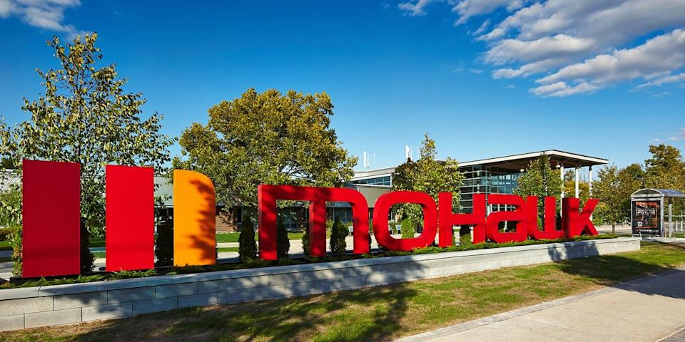 The Mohawk College sign.