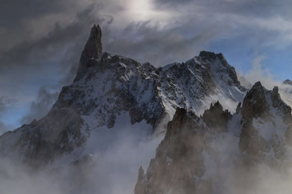 Climber finds Belgian snowboarder's body on Mont Blanc in France