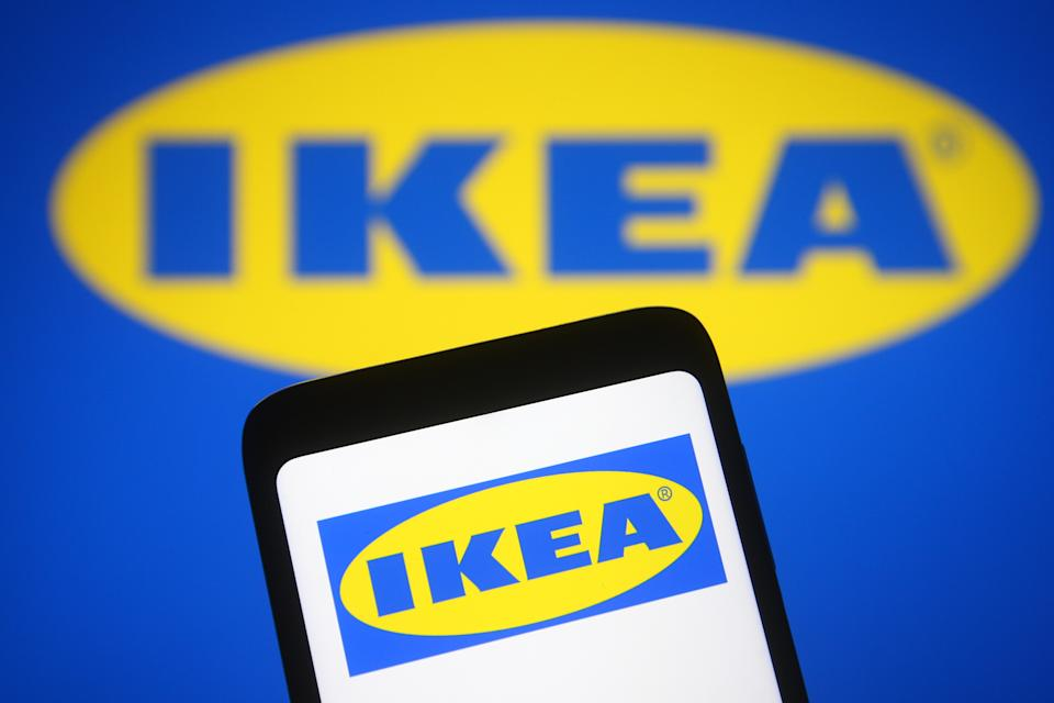 UKRAINE - 2021/03/25: In this photo illustration the Ikea logo is seen on a smartphone and a pc screen. (Photo Illustration by Pavlo Gonchar/SOPA Images/LightRocket via Getty Images)