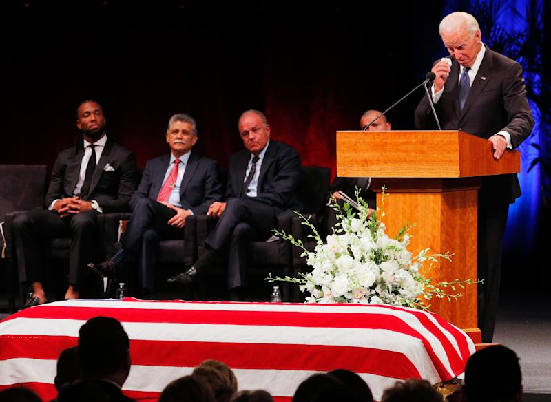 At National Cathedral, former presidents pay homage as McCain takes his place in history