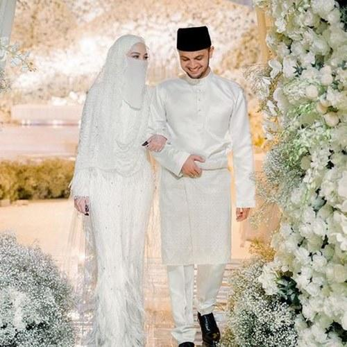 Neelofa tied the knot with celebrity preacher Haris Ismail back in March