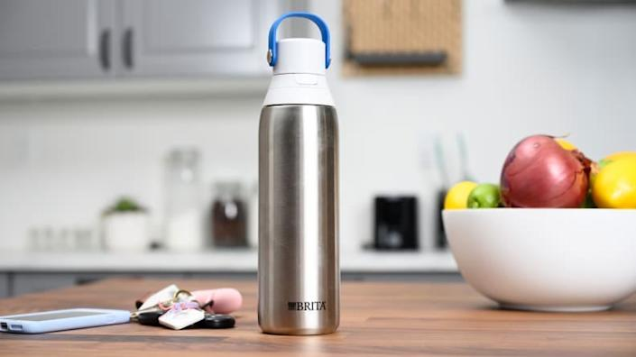 Prioritizing hydration is easier with the Brita Stainless Steel Filtering Water Bottle.