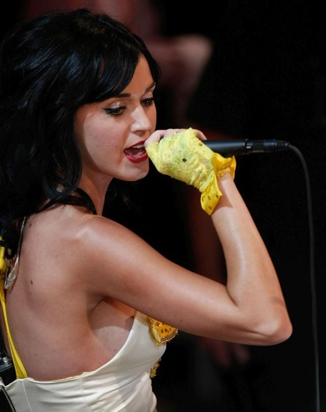 Katy Perry Bad Skin Katy Perry Gets...