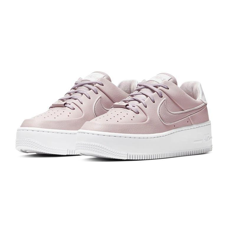"A fresh spin on a street-smart classic, these lilac Air Force 1s are a great gift for the New York sneaker-head in your life. $110, GOAT. <a href=""https://www.goat.com/sneakers/wmns-air-force-1-sage-low-oxygen-purple-ar5339-500/available-sizes"" rel=""nofollow noopener"" target=""_blank"" data-ylk=""slk:Get it now!"" class=""link rapid-noclick-resp"">Get it now!</a>"