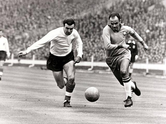 Tributes paid to ex-England captain and Blackpool great Jimmy Armfield