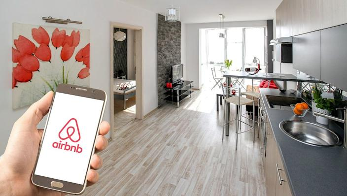 Airbnb plans to go public in 2020.