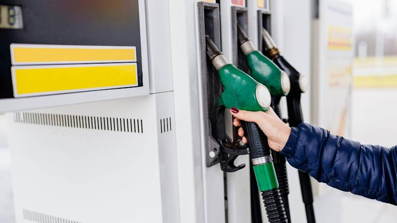 Fuel price today: Petrol, diesel rate continue to dip in major cities