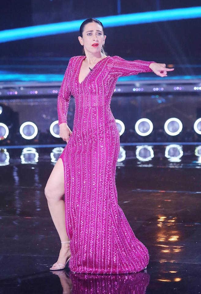 Karisma Kapoor rocks the Dance India Dance stage