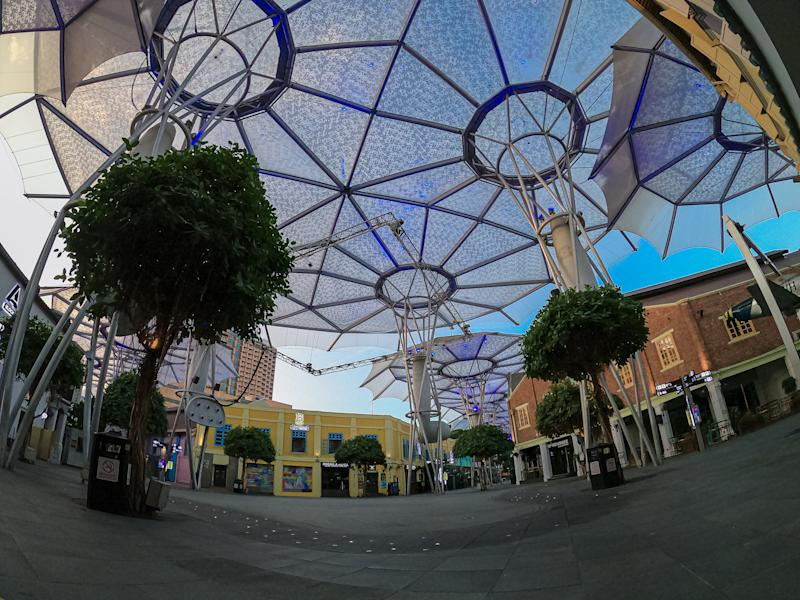 Totally quiet at entertainment hotspot Clarke Quay in Singapore. (PHOTO: Getty)