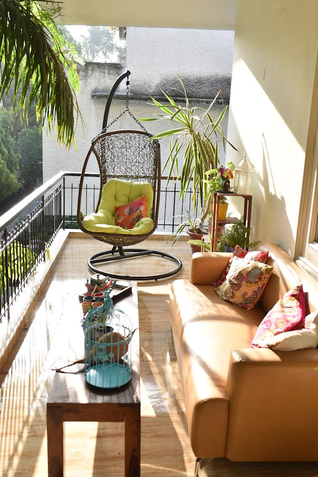 <p>Swing is one of the key components when it comes to Indian stylistic layouts. Whether you choose to keep a wooden indoor swing in the lounge or hang a cool drop swing in your balcony, you would be in for a positive surprise on how it can change the look of the room. </p>