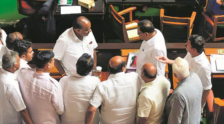 Karnataka faceoff: Governor s 2nd deadline passes, Speaker fixes Monday for trust vote