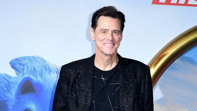Jim Carrey reprises SNL role to play fly on Mike Pence's head during debate