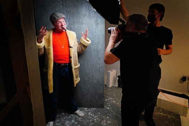 Rankin takes a portrait picture of Tom Bennett in character as Del Boy