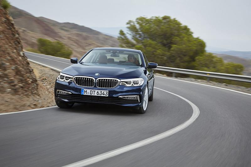 bmw reintroduces diesel powered 5 series 2018 20