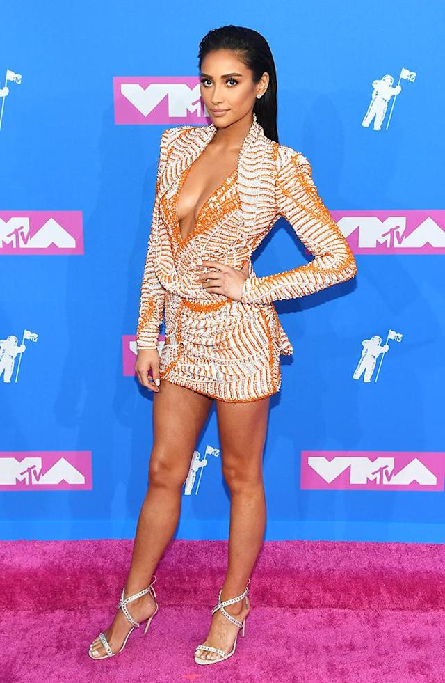 <p>Shay Mitchell attends the 2018 MTV Video Music Awards at Radio City Music Hall on August 20, 2018 in New York City. (Photo: Nicholas Hunt/Getty Images for MTV) </p>